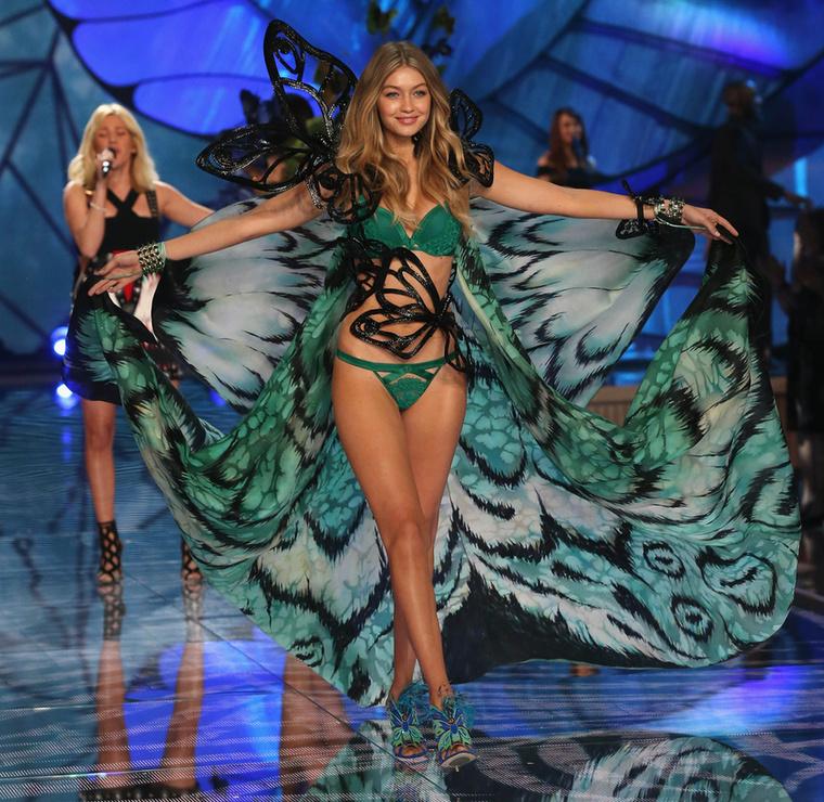 Valószínűleg minden modell álma, hogy egyszer kisangyalkává váljon, és végigsétáljon a Victoria's Secret kifutóján, ami nemcsak óriási elismerést és presztízst, hanem dollármilliókat is jelent