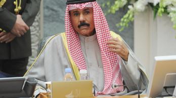 Letette az esküt az új kuvaiti emír