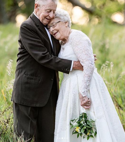 A fényképész, Katie Autry elmondta, hatalmas megtiszteltetés volt számára, hogy megörökíthette a különleges pár szerelmét. A felvételek készítése közben is látszott, mennyire szeretik egymást.