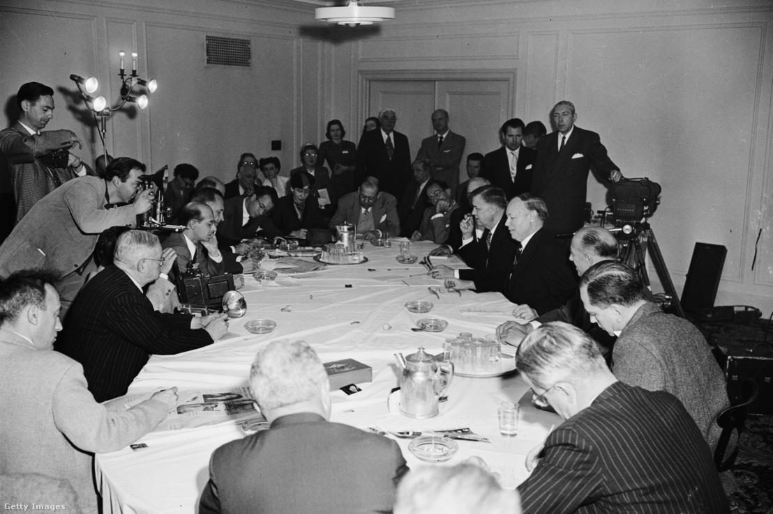 Az American Medical Association kongresszusán – interjú az év doktorával 1951. december 5-én