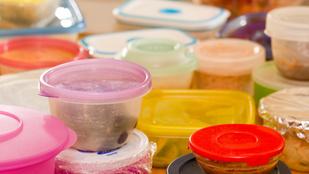 Meddig használhatók a műanyag ételtároló dobozok?