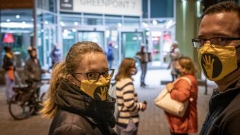 SZFE: a diákok blokád alá veszik az egyetem Szentkirályi utcai épületét is