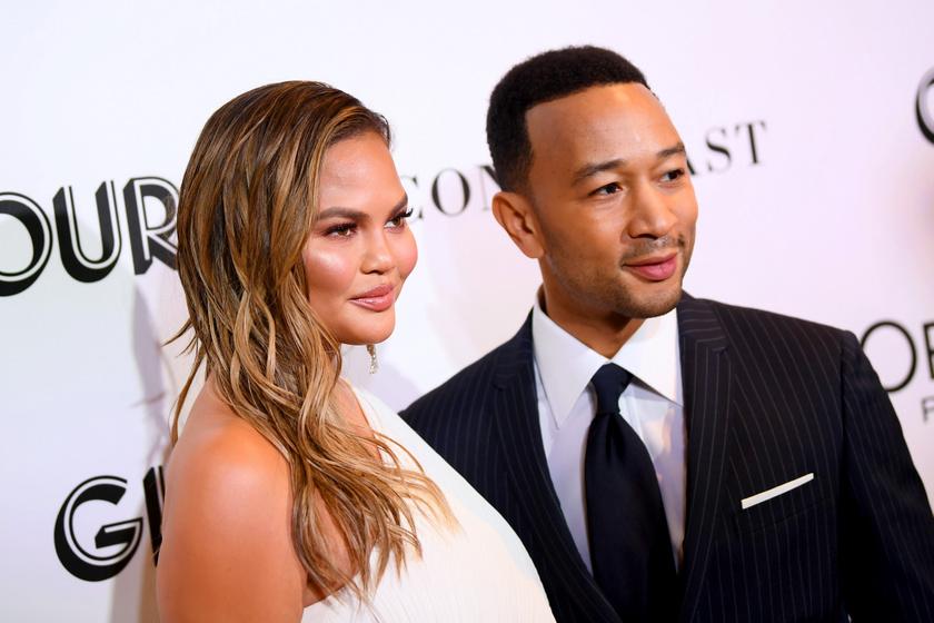 John Legend és Chrissy Teigen elveszítették kisbabájukat: szívszorító módon jelentették be a hírt