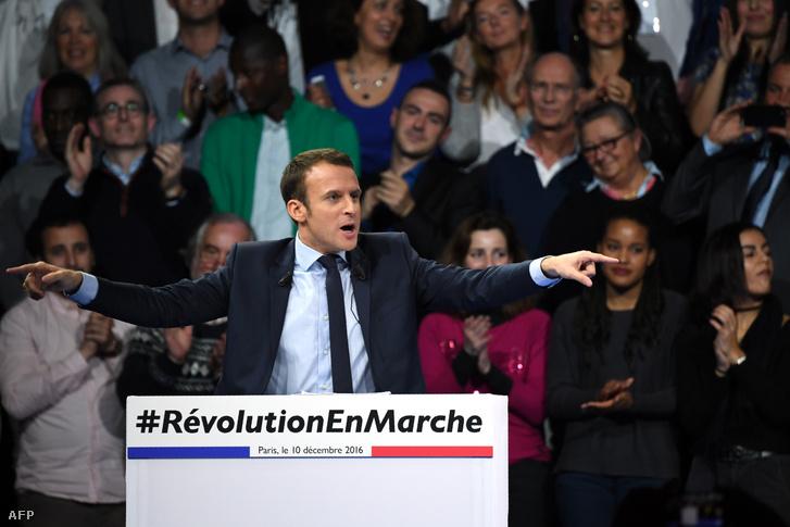 Macron is jól ismeri a tripladörgést