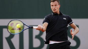 Hatalmas bravúr: Fucsovics második meccsét is megnyerte a Roland Garroson!