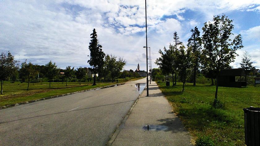 Devecser város harmadát elöntötte a vörös iszonyat, több száz ház lakhatatlanná vált, a szennyezett helyeket felszámolták.