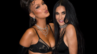 Bella Hadid Demi Moore-ral hetyegett Rihanna szexi fehérneműshow-jában