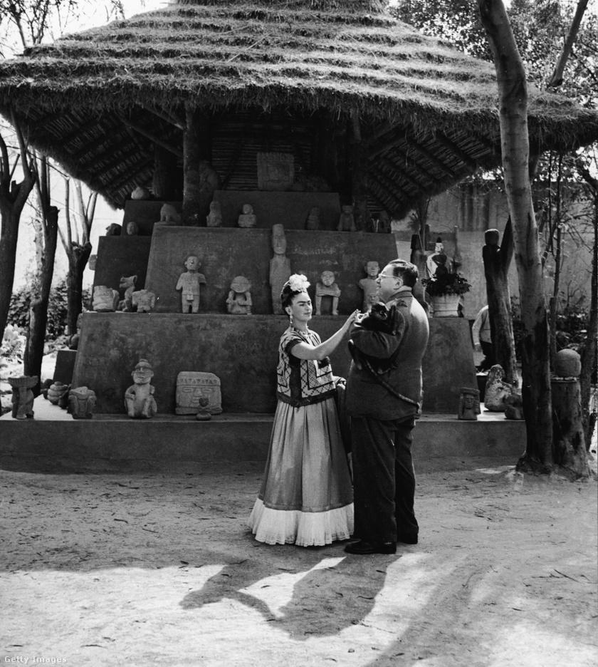 Frida Kahlo és Diego Rivera valamikor az 1940-es években.