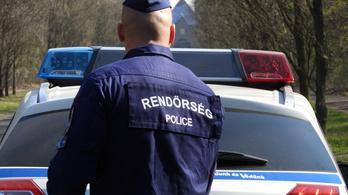Tízezer helyen ellenőrizték a rendőrök a hatósági karantént egy nap alatt
