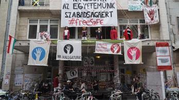 Nem teljesülnek a követelések, folytatódik a sztrájk az SZFE-n