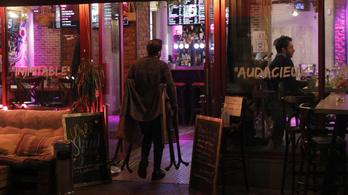Keddtől egyáltalán nem nyithatnak ki a párizsi bárok