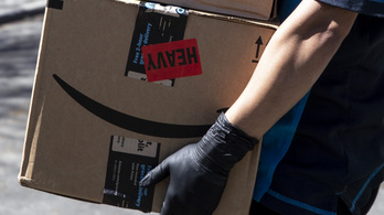 Hasít a csomagküldés és az online kereskedelem