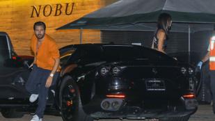 Scott Disick kicsit beégett a randin az új nőjével: lerobbant a Ferrari