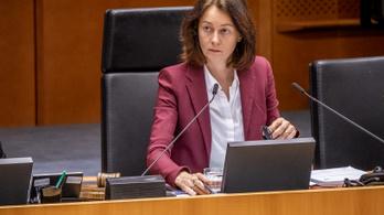 Lemondatná Katarina Barley alelnököt a lengyel kormánypárt