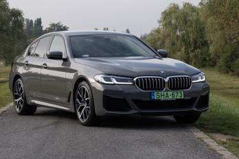 Már népszerűbb a hibrid BMW 5, mint a dízel