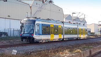 Spanyolországban már tesztelik a szegedi tram-train szerelvényt