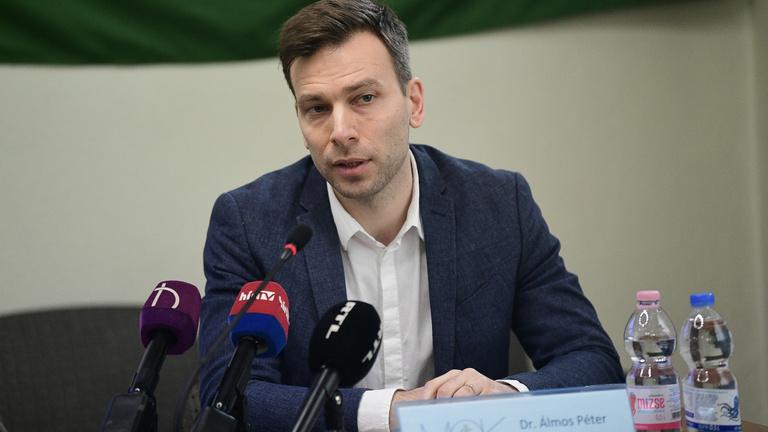 """MOK-alelnök: """"Van nyomorgó orvos Magyarországon"""""""