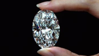 Csaknem ötmilliárd forintnyi összegért kelt el egy 102 karátos gyémánt