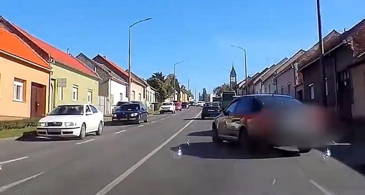 2020-10-06 18 58 27-Újabb menekülő autós Baranyában - YouTube
