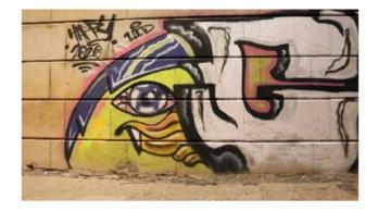 Összefújta az Erzsébet hidat az olasz túragraffitis, 350 ezer forintja bánta