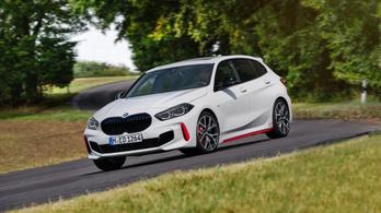 Itt az első sportos BMW, fronthajtással