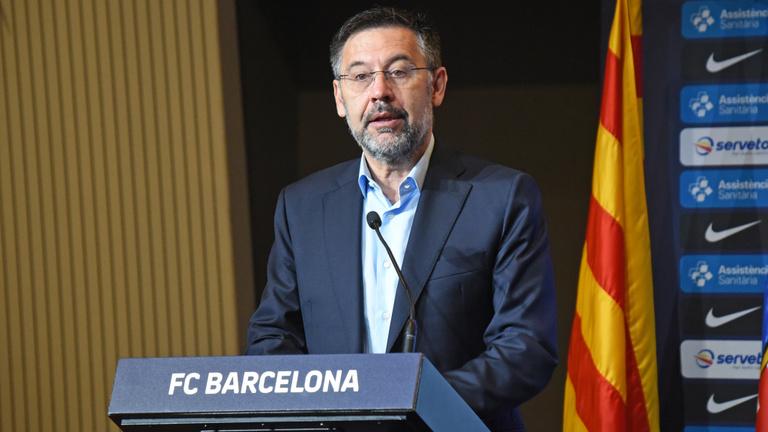 Áll a bál Barcelonában: bizalmatlansági indítvány az elnök ellen