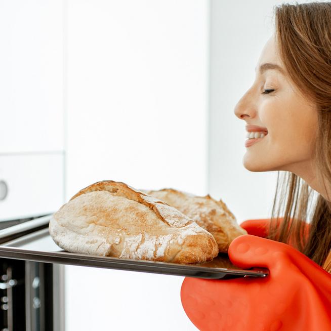 Miért kell a kenyeret bevágni sütés előtt? Mutatjuk, hogy készül a tökéletes házi kenyér