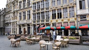 Egy hónapra bezárnak a bárok és a kávéházak Brüsszelben