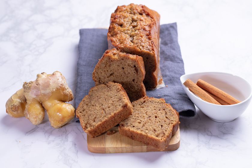 Egyszerű fahéjas, gyömbéres kevert süti: 10 perc munka, a többi a sütő dolga