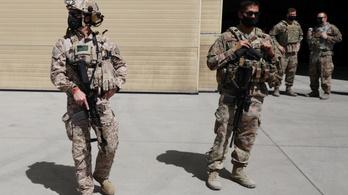 Trump karácsonyig kivonná az amerikai katonákat Afganisztánból