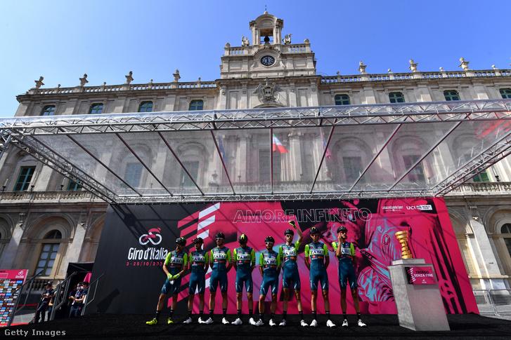 A Vini Zabu-KTM csapata
