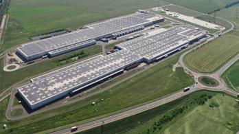 Szerdától a győri Audié Európa legnagyobb tetőre épült napelemparkja