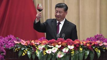 Ebből nem lesz népszerűség: alkoholtilalmat vezet be a kormányzati alkalmazottak számára Kína