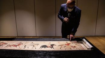 Ha van otthon kínai tekercsfestménye, csaknem 13 milliárdot is kaphat érte