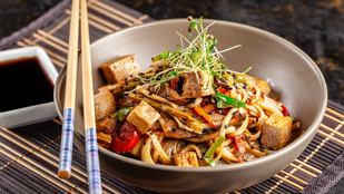 Ez a 6 összetevős kínai stir fry akkor is sikerül, ha fejen állva dobod össze
