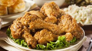 Így lesz extra ropogós a rántott csirke, lépésről lépésre