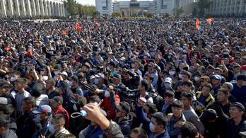 Fejetlenség és káosz uralkodik Kirgizisztánban