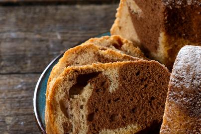 Omlós, kakaós márványkuglóf – Itt a sütő végzi a legnagyobb munkát