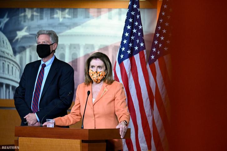 Nancy Pelosi a tegnapi sajtótájékoztatón Washingtonban