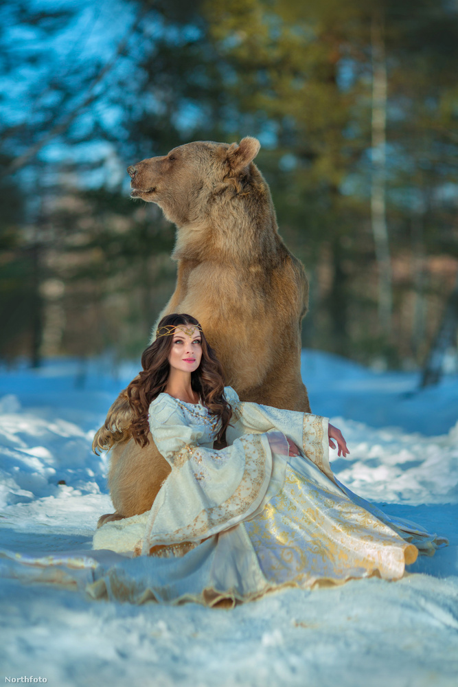 Félórás fotózásból azonban jó pár volt, a teljes fotósorozat több hónapon át készült, hogy lehessen havas és tavaszi fotó is