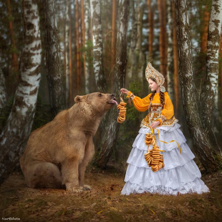 Visszatérve Stepanra, a medvét egy házaspár, Svetlana ésYuri Pantileenko  fogadta örökbe, miután rátaláltak a vadászok  az elhagyott, rossz állapotban lévő három hónapos bocsra