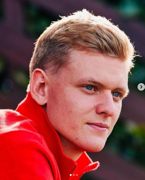 Mick Schumacherből jóképű fiatalember lett.