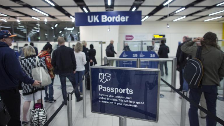 Jövő ilyenkor már útlevél kell a britekhez