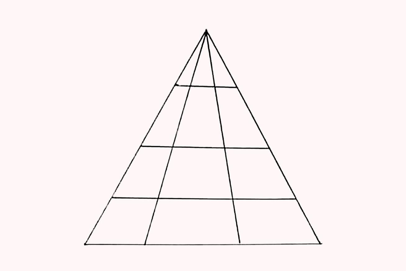 Hány háromszög van a képen?