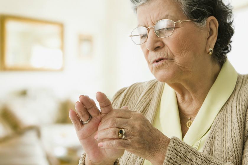 A térd és a derék fájdalma is jelezhet ízületi gyulladást: szakorvos beszélt a hatékony kezelési módszerekről