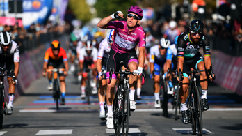 Démare nyerte a 7. szakaszt a Girón, Almeida vezeti az összetettet