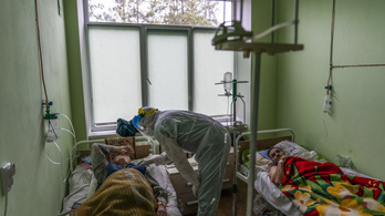 Ukrajnában az állam fizeti a magánlaborok koronavírustesztjeit is
