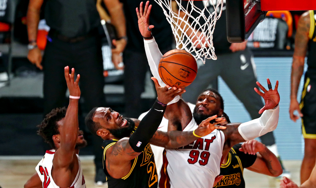 2020-10-10T033309Z 685641116 NOCID RTRMADP 3 NBA-FINALS-MIAMI-HE