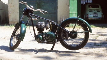Elvben az első rendes motorom volt – BSA C11G. Csak elvben