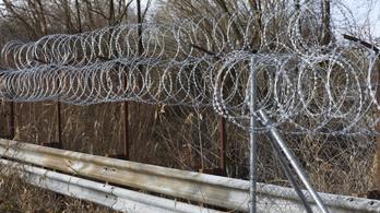Ötszáznál is több határsértő ügyében jártak el hétvégén a rendőrök